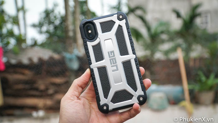 Ốp UAG Monarch iPhone